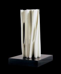 Marmo statuario di Carrara - h 46,5 x 19 x x 19 cm. - 2013